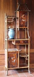 Victorian Japanese-export lighted display stand