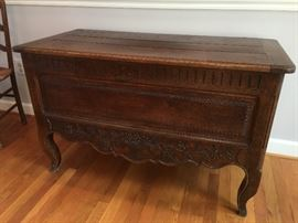Antique French coffer or blanket chest - late 18th century, hinge top