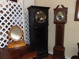 Bookcase - Clock