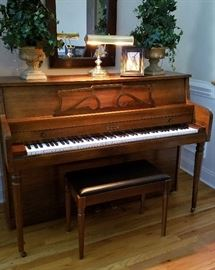 Schuerman piano