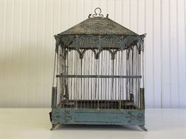 Charming Celadon & Cream Vintage Birdcage