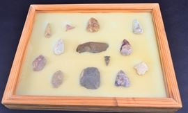 6: NWFL Scrapers and Arrowheads in Wooden Box