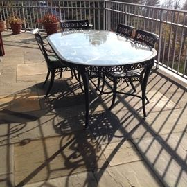 great quality outdoor table and chairs set