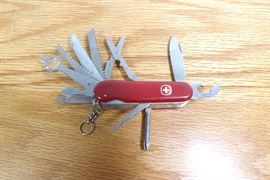 Vintage Newer 13 Toll Victorinox Swiss Army Pocket Knife