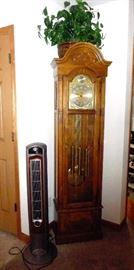 heater / Howard Miller  grandfather clock
