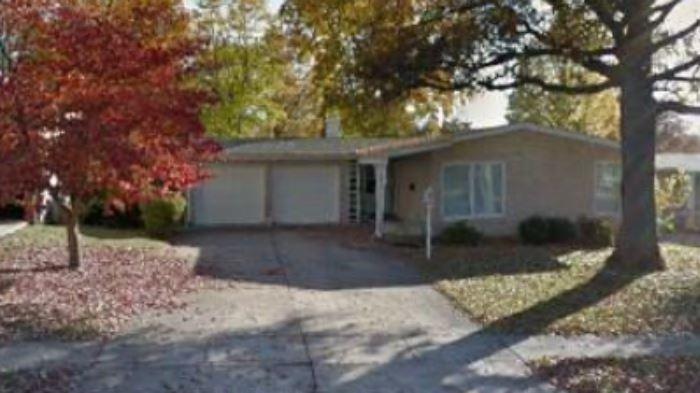 Mid C Mod Ranch Home For Sale Post-Estate Liquidation