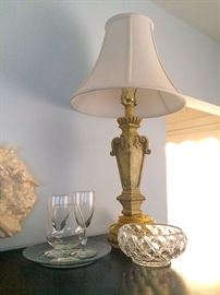 Vintage Glassware & Decorator Lamp