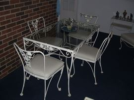 Woodard patio set.