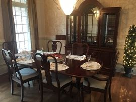Queen Anne dining room set (table with two leaves, 6-chairs (2 are arm chairs), china cabinet and serving buffet)