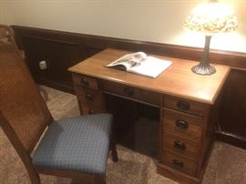 vintage desk, chair, tiffany style lamp