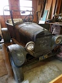 1925 Model T Ford for sale - Pre-Sale on this item. Call if interested. Scroll to the bottom of photos and there are more.  $5,000 asking price.