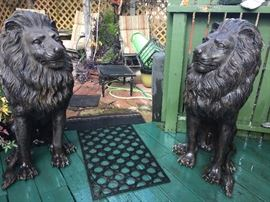The pair of Lions for garden, entryway or even in the house.