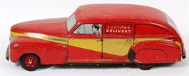 "Lot#3124, WYANDOTTE, TIN LITHO, 'TOYTOWN' DELIVERY CAR, 1948, H 5"", L 21""'Toytown Delivery' car. Tin litho. Red with yellow accent along its length."