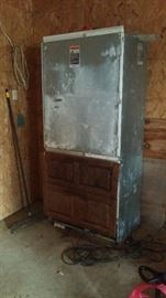 Sub zero fridge.  3ft deep, 2ft2 wide 6ft7 tall,  Works.  Selling early $300