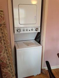 Kenmore stacking washer/dryer