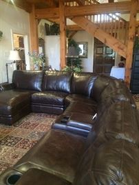 Extra large brown leather sofa group