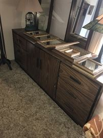 LONG DRESSER WITH DOUBLE MIRRORS