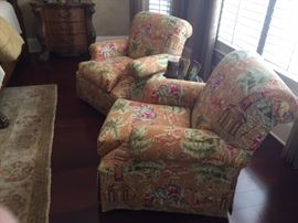 17/ Pair of upholstery chairs