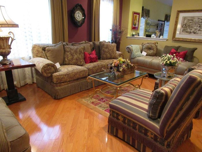 GORGEOUS LIVING ROOM FURNITURE, SOFA, SIDE CHAIRS, COFFEE TABLE