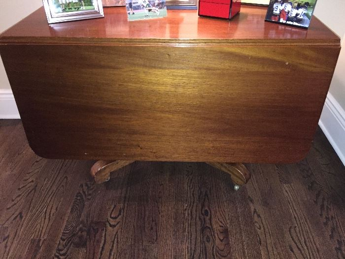 """Mahogany Drop Leaf Table, 4 Leg Pedestal Base (44"""" x 24"""" x 29"""") with Two 18"""" Leaves, c.1860"""