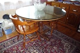 KITCHEN TABLE W/A GLASS TOP & 5 CHAIRS