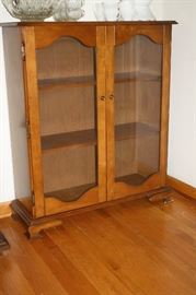 Great small hutch