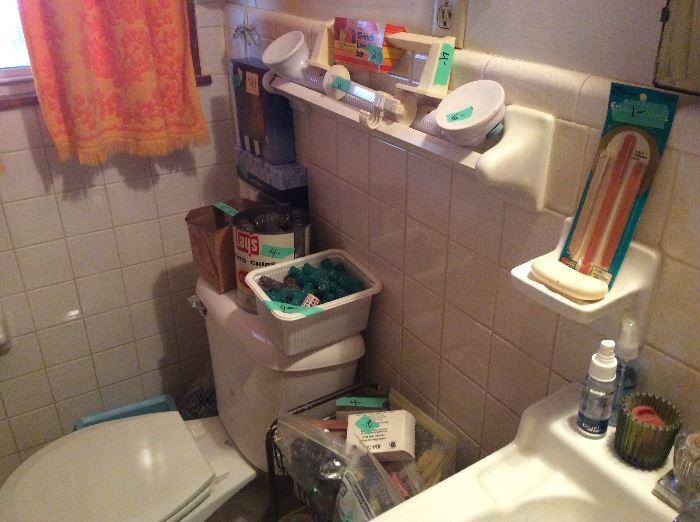 Bathroom - more stuff