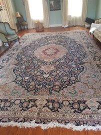 fabulous over sized rug  18 feet x 11 feet 10 inches
