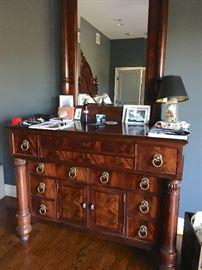 Henredon dresser & mirror