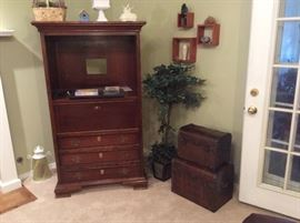 Tv cabinet, stacked chests, wall &'home decor