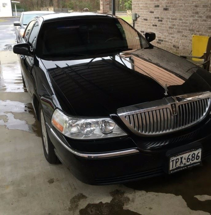 2009 Lincoln Town Car For Sale