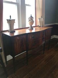 Vintage traditional Sideboard