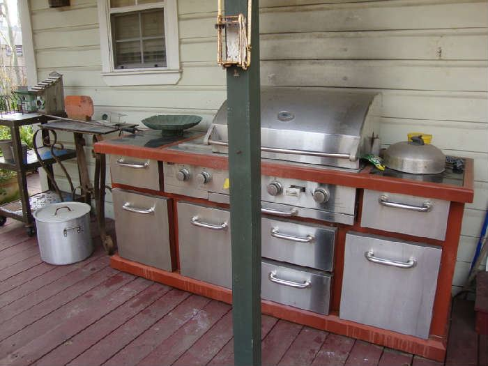 Outdoor Kitchen Gas Grill Unit