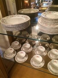 "Governor's Mansion ""Natchez"" china (serving for 8)"