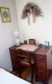 1940s vintage mahogany desk and chair