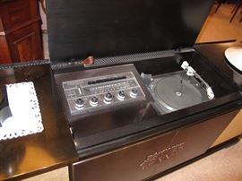 THIS IS FULLY FUNCTIONAL.  STEREO WORKS, TURNTABLE WORKS, TUNER WORKS.  KNOBS ARE SCRATCHY AND NEED TO BE CLEANED.