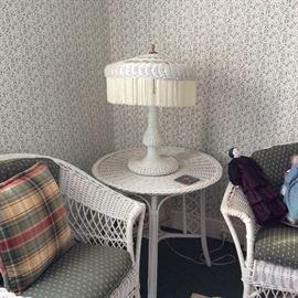 WICKER TABLE, LAMP