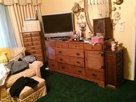 Dresser, Chair, tv, highboy
