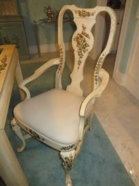 QUEEN ANNE DINING CHAIRS WITH HAND PAINTED ACCENTS (DETAIL)				 UNION NATIONAL FURNITURE