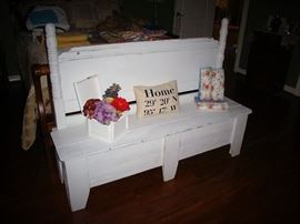 DISTRESSED BENCH WITH STORAGE