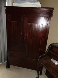 Wardrobe with original keys