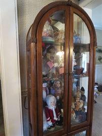 Dome Top Curio Cabinet