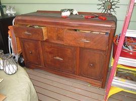 Outback Deck   Dresser