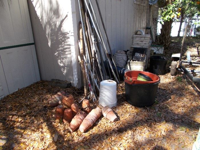 Old turpentine pots