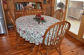 Keller Oak Table and Chairs