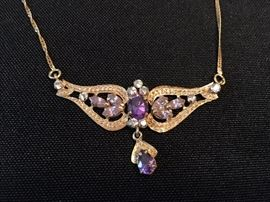 10K Gold Necklace with Amethysts