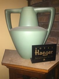 VINTAGE HAEGER POTTERY  **BUY IT NOW PAYPALL** $450  LOT NUMBER 601