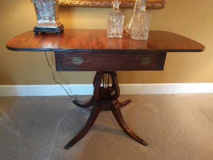Fabby Dunwoody Estate Sale In Dunwoody Station Starts On