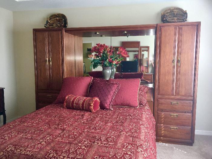 American Drew Queen Bedroom Set