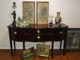 Beautiful mahogany sideboard w/brass rail
